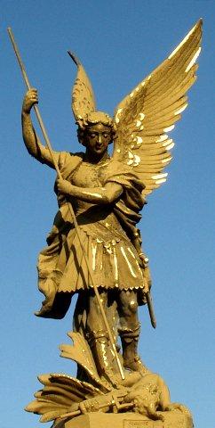 Les anges archeographe for Salon o d ange saint georges des gardes