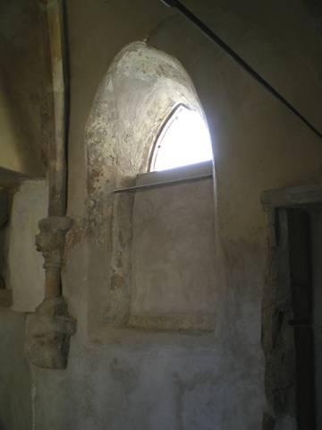 La disparition de saint privat archeographe for Fenetre en ogive