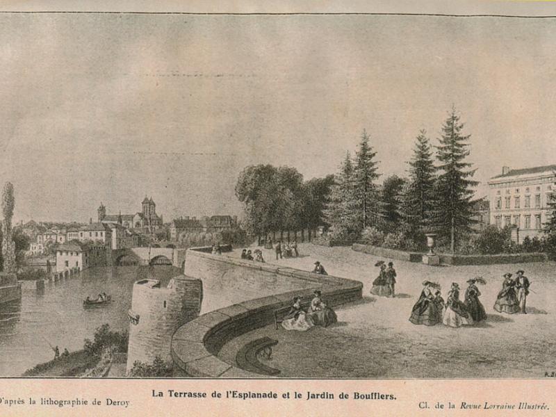 La terrasse de l'Esplanade et le Jardin Bouflers vers 1850. D'après la lithographie de Deroy. La Revue Lorraine Illustrée.