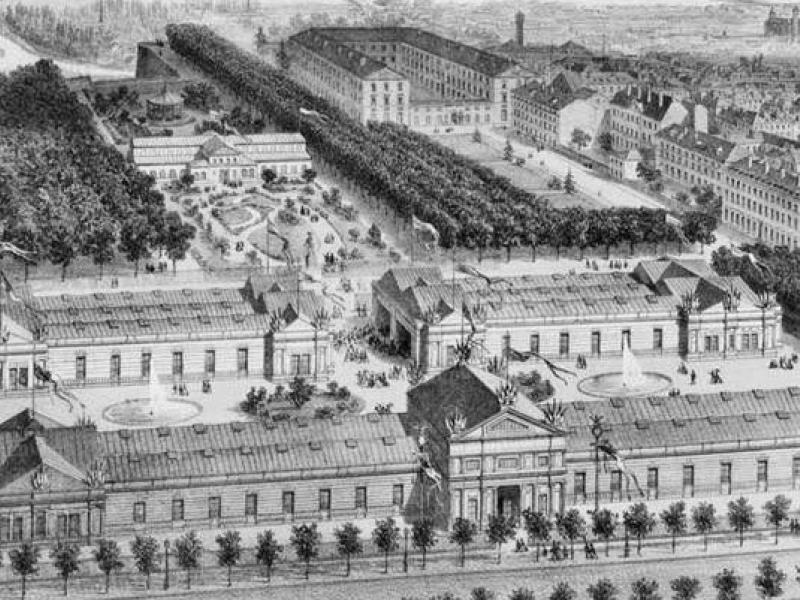 L'Exposition universelle de Metz sur la Place Royale et l'Esplanade. Carte postale de l'époque