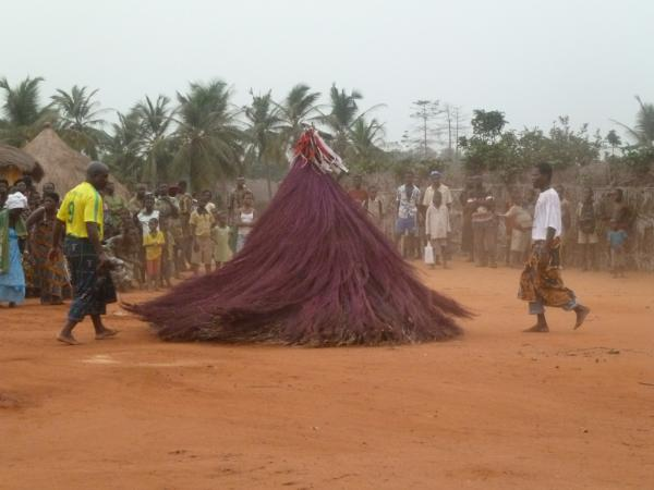 Danse vodou au Bénin. Photo David Arnold